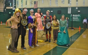 Juniors pose in their royalty costumes with ASB members Audrey DeBruine, Keri Gee and Kate Marinkovich. [Photo: Cathy Rong]