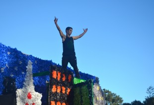 Noam Hurwitz poses on top if his classes' float during the last spirit rally of the year. [Photo: Cathy Rong]