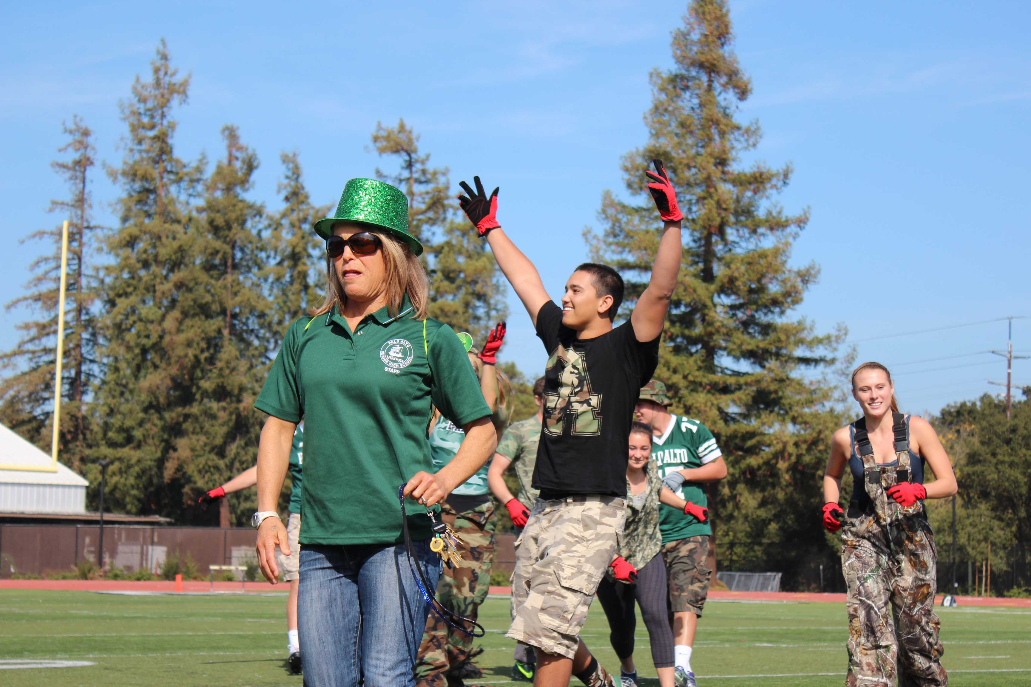 Seniors get pumped for Tug of War. They win the event after beating the freshmen. Photo by Lizzie Chun.