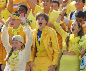 junior yellow crowd spirit week