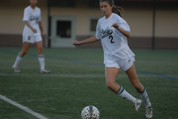 Junior defender Olivia Musil controls the ball in the midfield. Photo by Liana Pickrell.