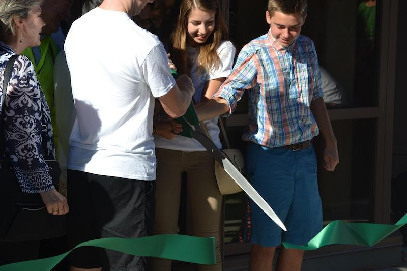 The cutting of the ribbon ended the ceremony. Photo by Amy Leung.