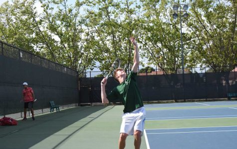 Boys' tennis falls to Saratoga in the last home game of the season