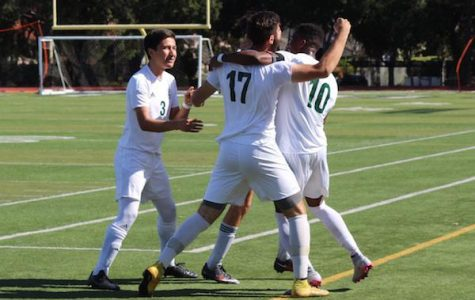 Boys' soccer falls to Watsonville in CCS quarterfinals; ends season with first loss