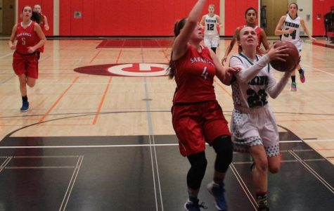 Girls' basketball heads into CCS semifinals