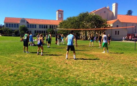 Two teams face off in the 2015 intramural volleyball