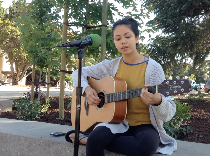 Sophomore Marie Davis performs