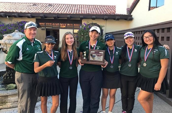 The Palo Alto High School girls' golf team poses with their plaque at the NorCal tournament in Salinas. The team would go on to place 6th and unfortunately not advance to the next stage. Photo: Joyce Choi