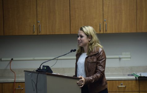 Palo Alto High School senior Maya Katz speaks out in support of having a weighted GPA reported on transcripts. Katz is one of the most vocal students in support of weighted GPAs. Photo: Sid Sharma
