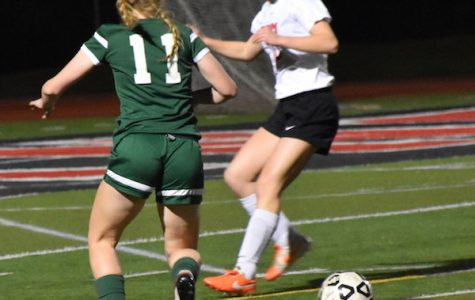 Girls' soccer to play Gunn in preseason match