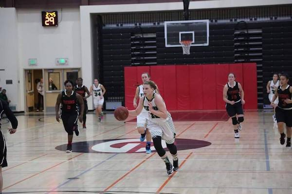 Girls' basketball aids Quad Night sweep with destruction of Gunn