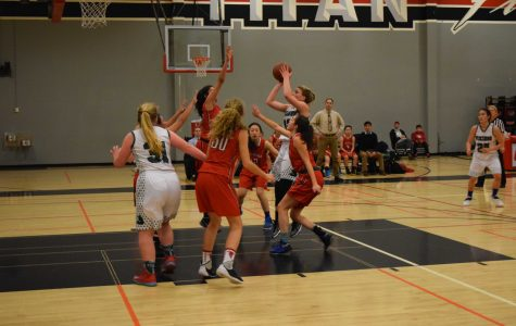 Preview: Girls' basketball aims to continue undefeated league play against Gunn