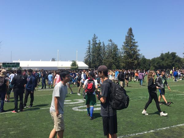 Students flood the quad during fifth period after the third fire alarm in eight days interrupted class. According to senior Max Dorward, beyond wasting instructional minutes, the frequent false alarms make students' reactions dangerously less serious.
