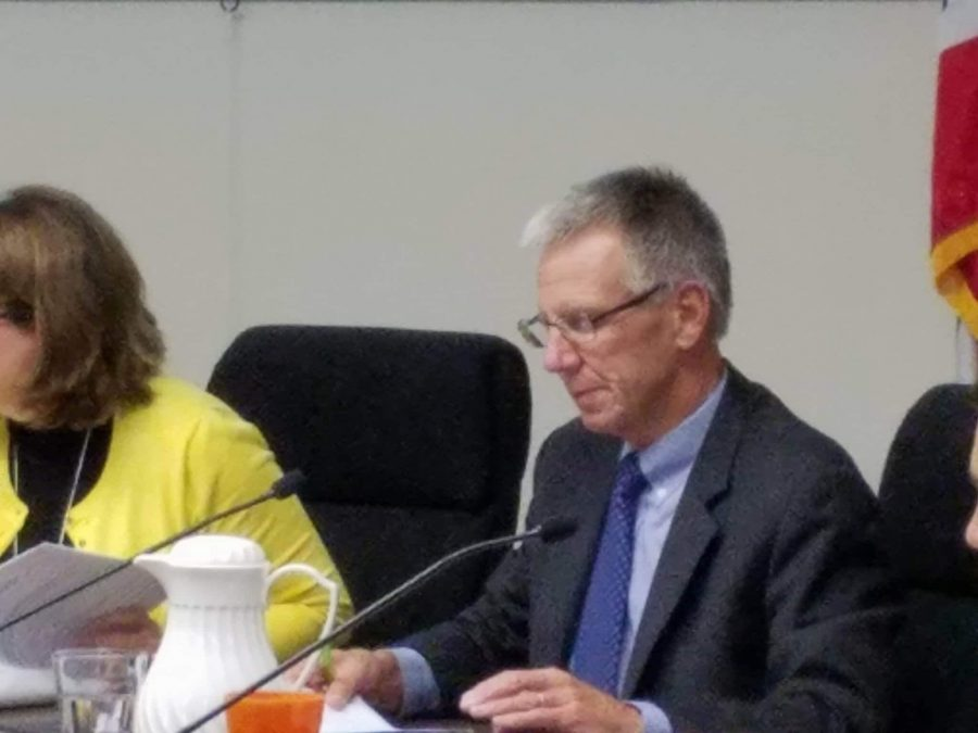 Former Palo Alto Unified School District Superintendent Max McGee appointed Karen Hendricks as the Interim Superintendent until the end of the school year. Hendricks will help spearhead the search for a new Superintendent. Photo: Jevan Yu.