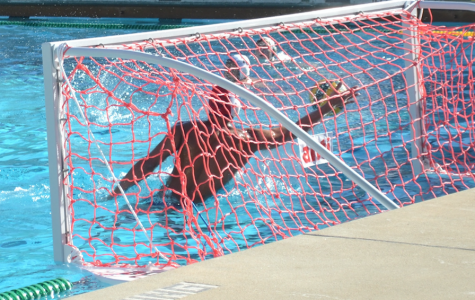 Boys' water polo defeats Lynbrook in overtime