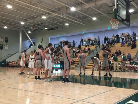Boys' basketball defeats Menlo; advances to regional final