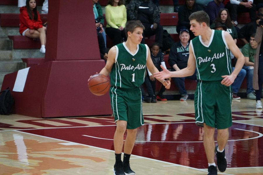 Recap: Boys' basketball falls short of state final berth