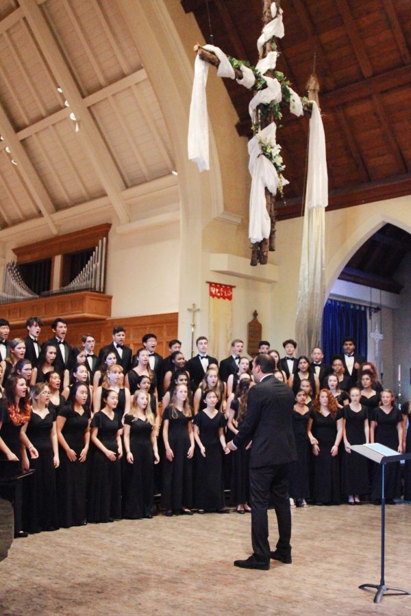 Paly choir concert takes audience