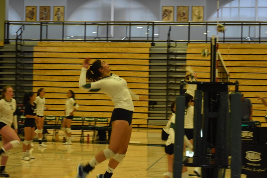 Season+Preview%3A+Girls%27+volleyball+team+aims+for+NorCals