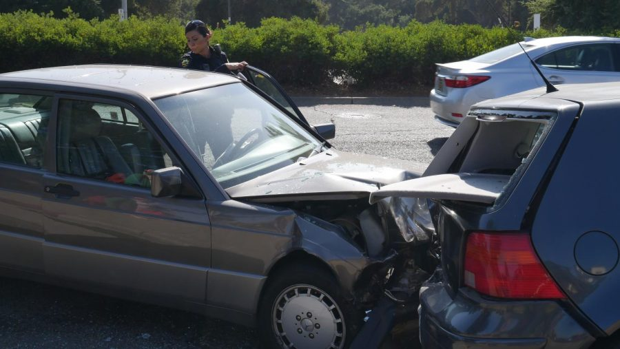 Four-car+collision+causes+commotion