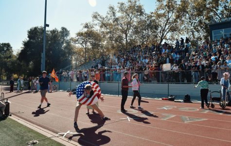 Recap: Day Four of Spirit Week brings wins for juniors and seniors