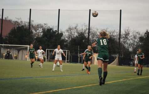 Recap: Girls' soccer suffers loss to Archbishop Mitty Monarchs