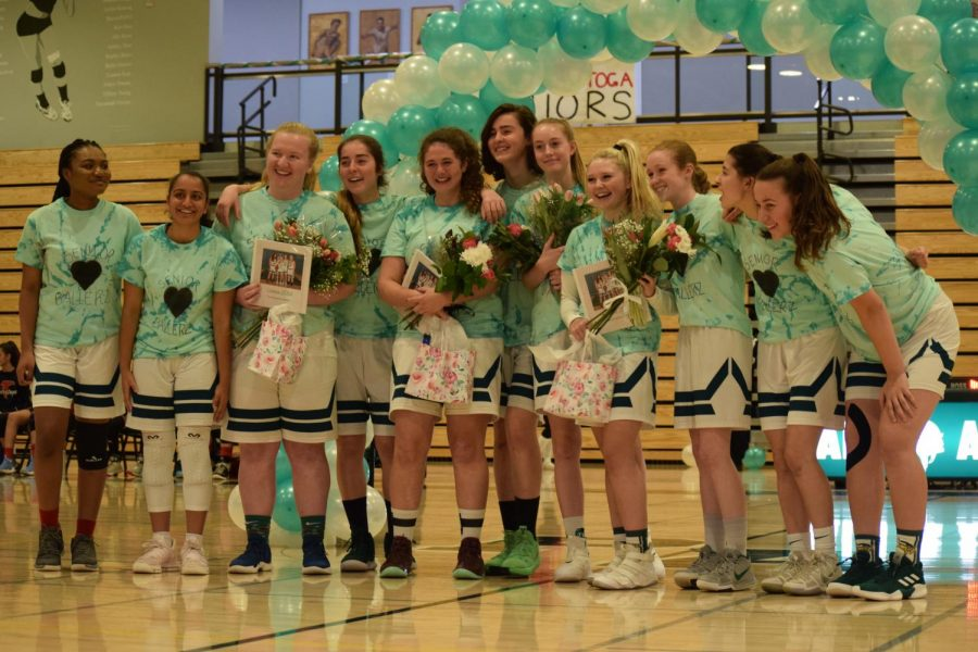 One+last+shot%3A+Girls%27+b-ball+team+finishes+strong+on+senior+night