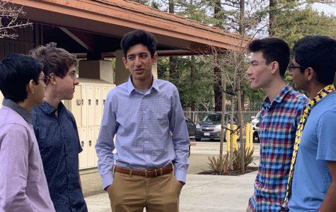 Fancy Friday brings formalwear to campus