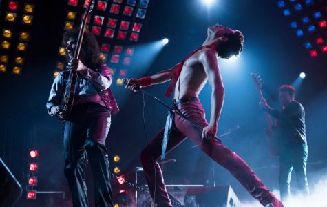 'Bohemian Rhapsody' delivers stunning performances, riveting narrative
