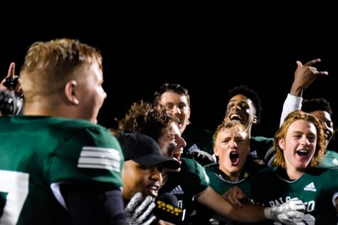 Football clinches playoff spot, defeats Homestead for Senior Night victory