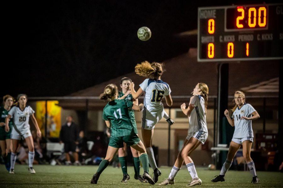 Last minute Menlo goal ends girls' varsity soccer season