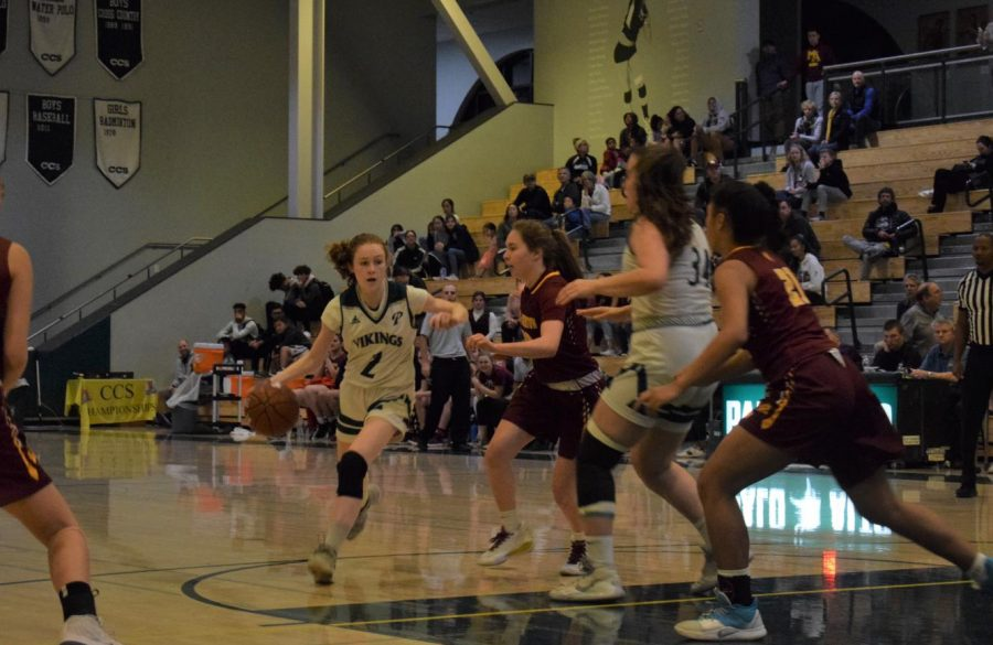 Girls' varsity basketball loses against Menlo Atherton at CCS Finals